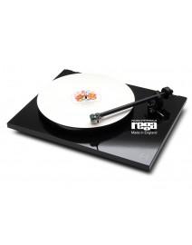 Rega P1 gramofon manualny czarny